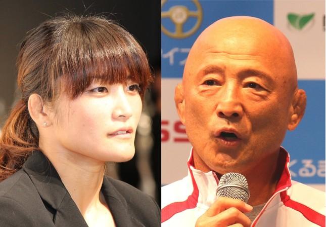 伊調馨(左)と栄和人監督