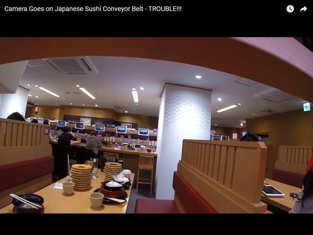 レールを進んだカメラから撮影された映像(問題のYouTube動画より)