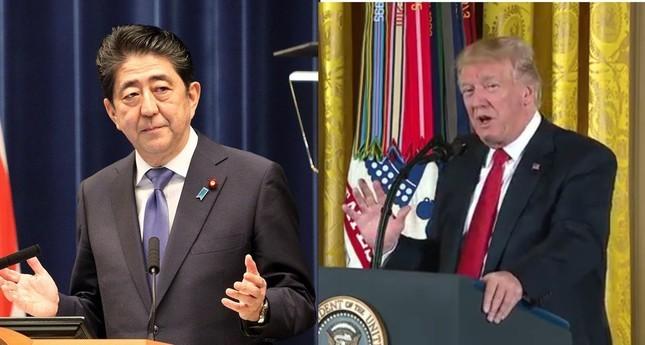 トランプ米大統領(右)と安倍首相(左)