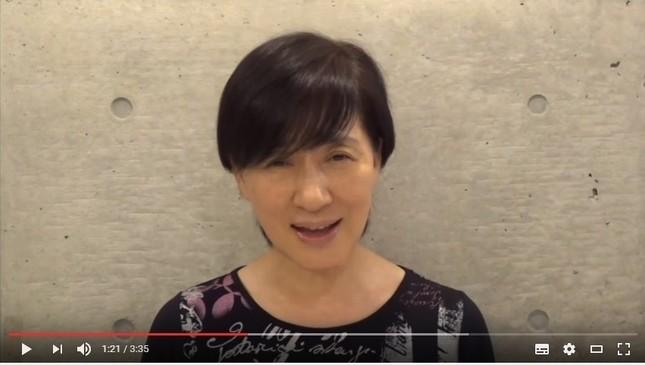 松居一代さんが公開しているYouTube動画のワンシーン(画像は7月9日公開分のスクリーンショット)