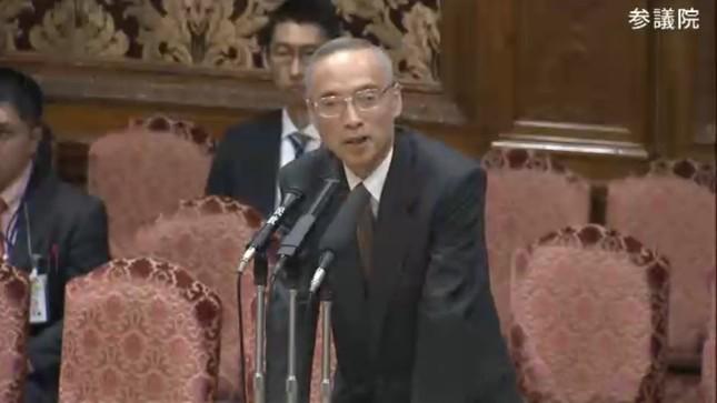 質問に色をなして反論する太田充理財局長(写真は参院インターネット中継から)