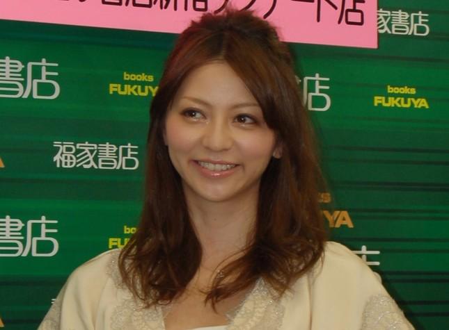 香里奈さん(2011年10月撮影)