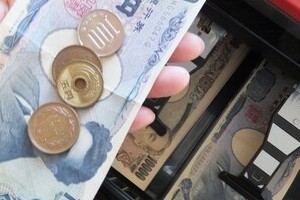 600円の会計に1100円出す客は「イライラする」 店員のホンネに「何がダメなの?」