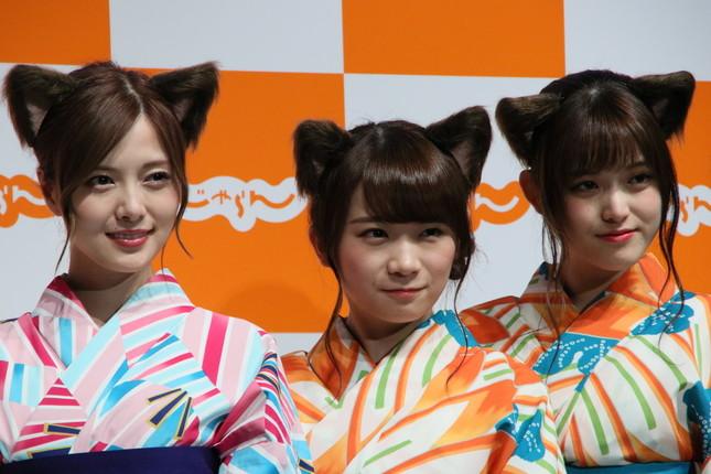 左から白石麻衣、秋元真夏、松村沙友理(2017年6月28日撮影)
