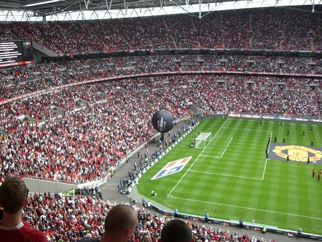 イングランド最大級のサッカー場「ウェンブリー・スタジアム」。収容人数は約9万人。