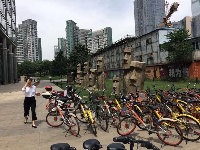 北京市内の貸自転車。料金の支払いもWeChat