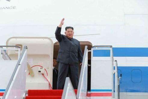 平壌からシンガポールに向かう北朝鮮の金正恩・朝鮮労働党委員長。「非核化」をめぐる米国との溝は埋まるのか(写真は労働新聞から)