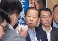 新潟知事選、与党系が辛勝 二階氏が上機嫌な理由