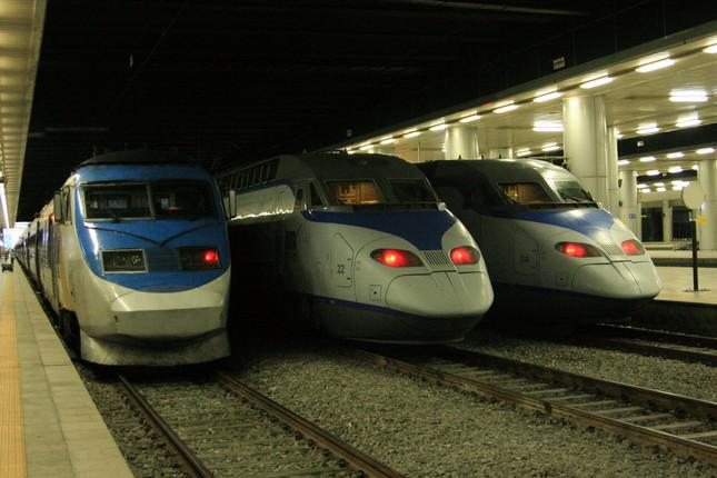 韓国の高速鉄道が北朝鮮に乗り入れる日は来るのか(写真はソウル駅で撮影)
