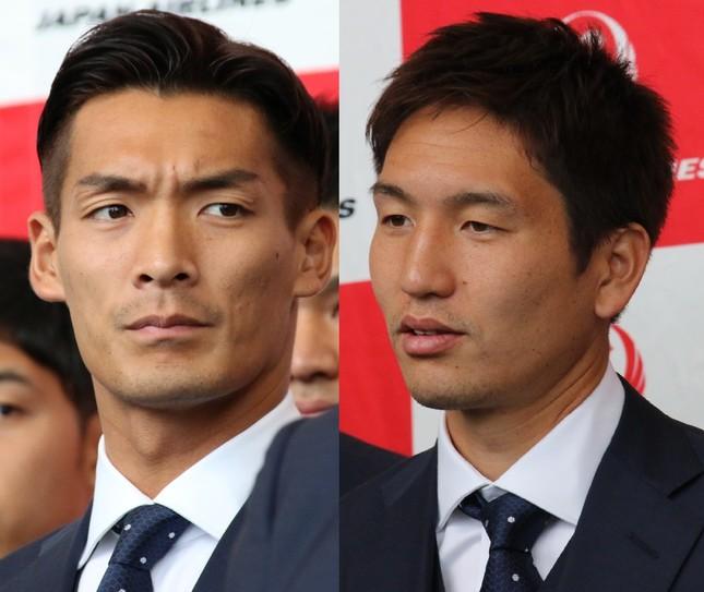サッカー日本代表の槙野智章(左)と原口元気