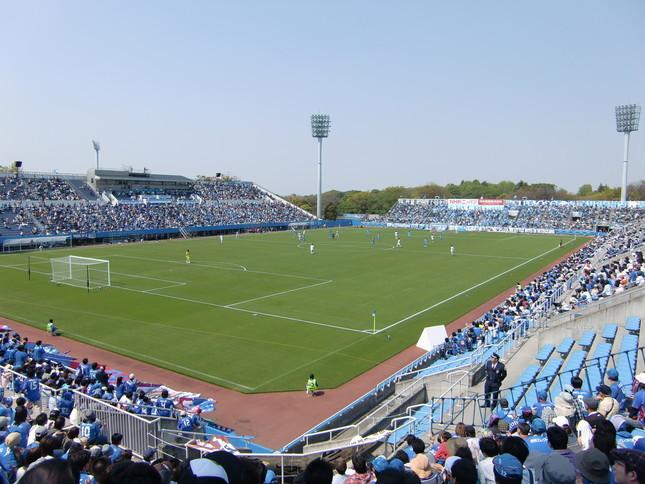 横浜FCのホーム「ニッパツ三ツ沢球技場」(写真はイメージです)