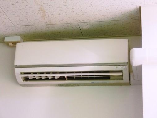 エアコンと汗腺めぐるコラムが物議(写真はイメージ)
