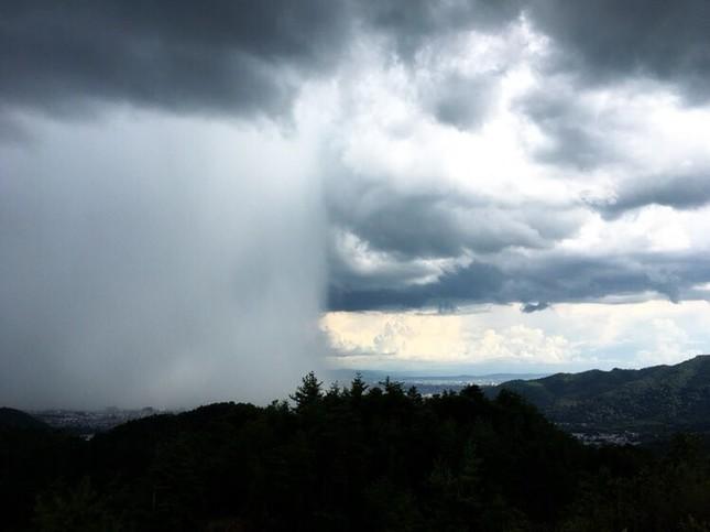京都・嵐山から撮影したという一枚。写真は@kurehqqqqqさん提供