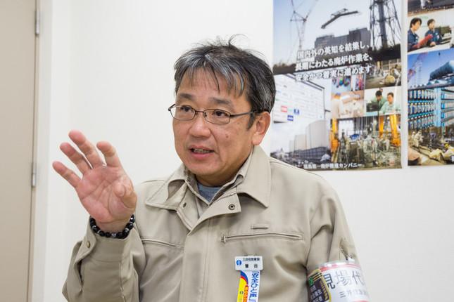 フェーシング作業に従事した曽谷哲次さん