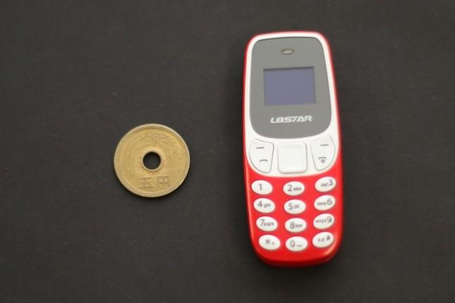 とにかく小さい親指サイズ携帯