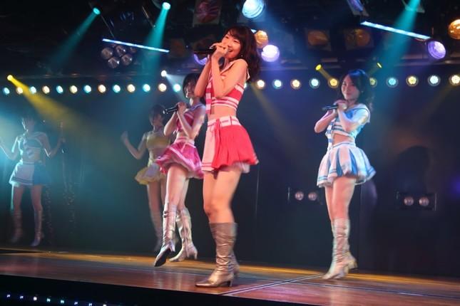 6年ぶりに「シアターの女神」公演に出演するAKB48の柏木由紀さん。熟練のパフォーマンスを披露した