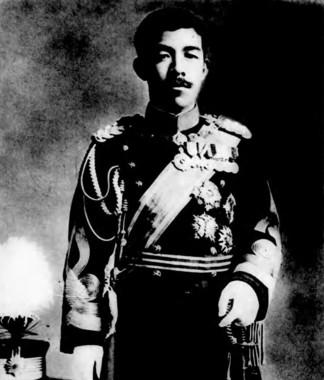 大正天皇。近代日本史に抑圧されたとも言える存在だ