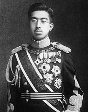 昭和天皇。青年将校の動きには苦悶を続けた