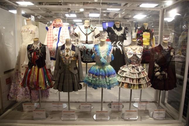 東京と名古屋では衣装展も開かれた