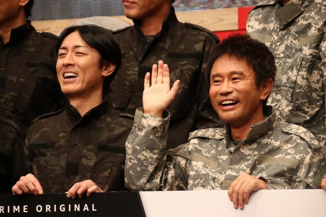 矢部浩之さん(写真左)と浜田雅功さん(同右)((2018年11月撮影)
