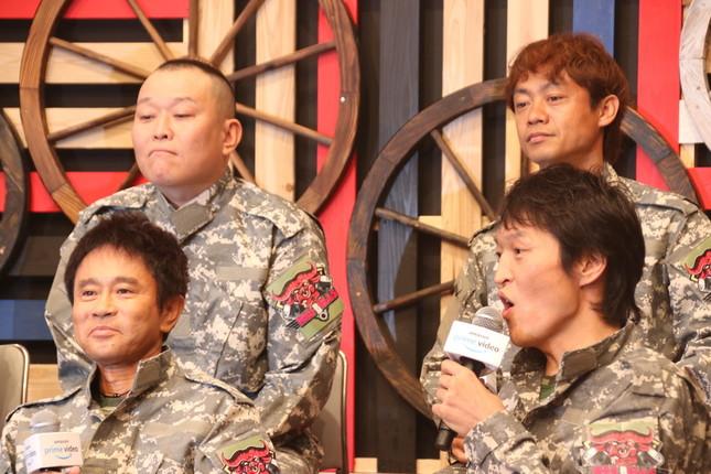 千原せいじさん(写真左上)、脇阪寿一さん(同右上)、浜田さん(同左下)、千原ジュニアさん(同右下)(2018年11月撮影)