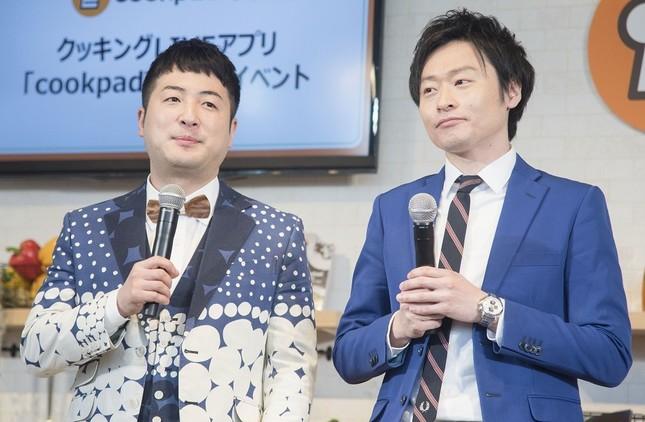 「和牛」の水田信二さん(左)と川西賢志郎さん(右)/(2018年撮影)