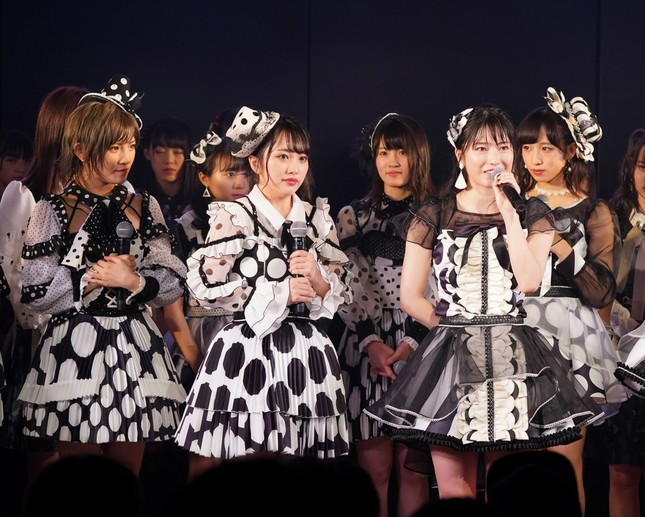 次期総監督の指名は「13周年特別記念公演」で行われた(c)AKS