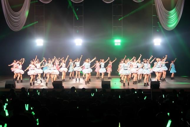 コンサートには総勢37人が出演した