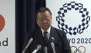 桜田義孝・五輪相(YouTube上の定例記者会見映像より)