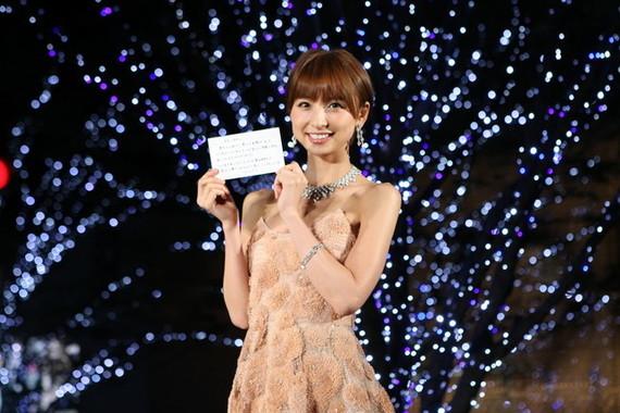 篠田麻里子さん(2011年撮影)