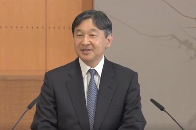 59歳の誕生日を前に記者会見に臨む皇太子さま(画像は宮内庁提供動画より)