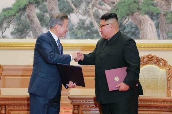 ソウルでの南北首脳会談は行われるのか(写真は18年9月の首脳会談の様子。労働新聞から)