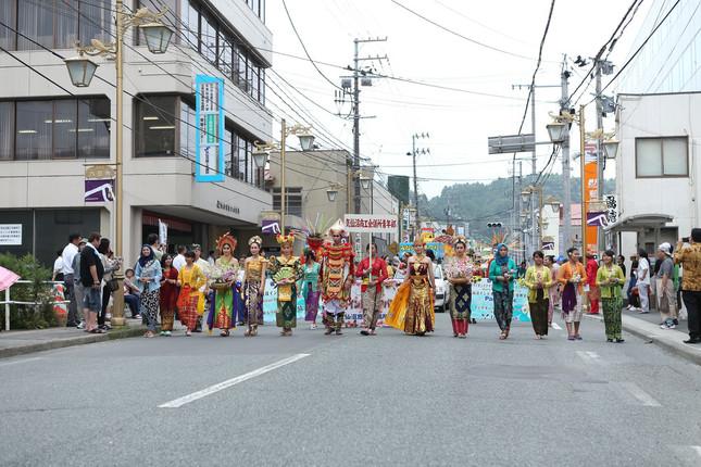 「インドネシアパレード」の様子(写真提供:気仙沼商工会議所青年部)