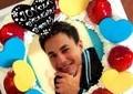 JOYの誕生日ケーキが「ユージの顔写真」? ツッコミ殺到「二度見したわ」