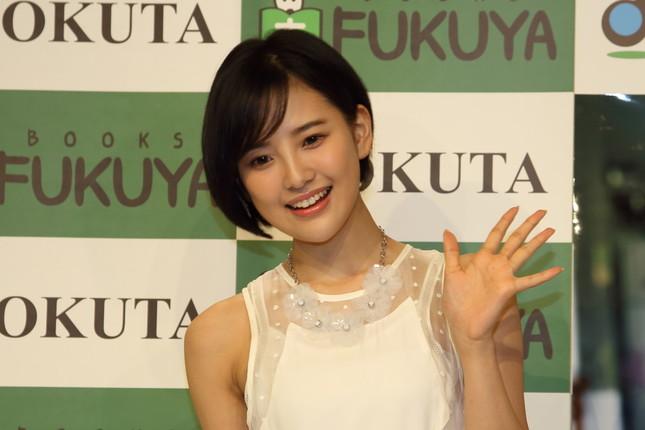 HKT48からの卒業を発表した兒玉遥さん(2016年撮影)