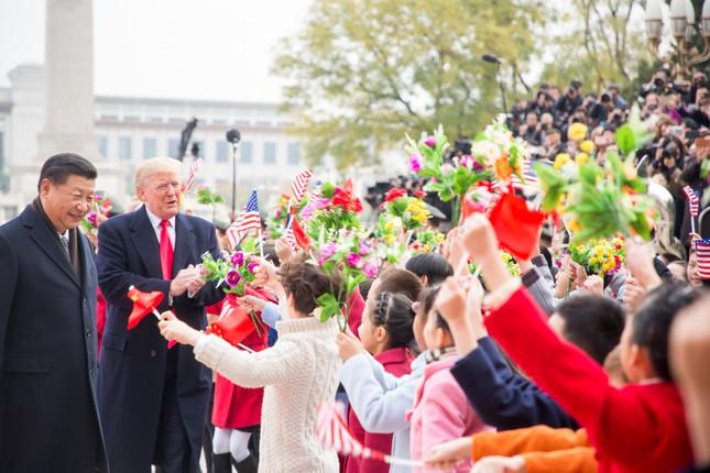 2017年、訪中したトランプ大統領と習近平国家主席。両首脳の神経戦は続く