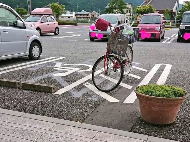 斜線部分に自転車が停められていたこともあるという(写真提供:日置有紀さん)