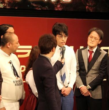 緊張を解きほぐす「おまじない」を明かしたみちおさん(左端)、川瀬名人さん(中央)、稲田直樹さん(右端)