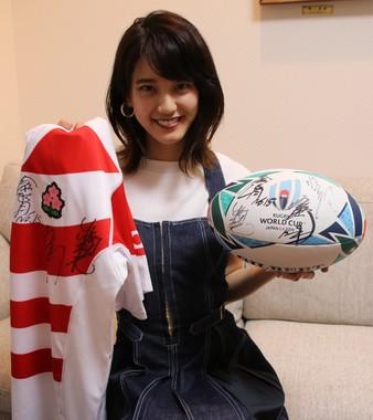 「Going! Sports&News」出演中の山崎紘菜さん。J-CASTニュースの取材にラグビーへの思い入れを語った