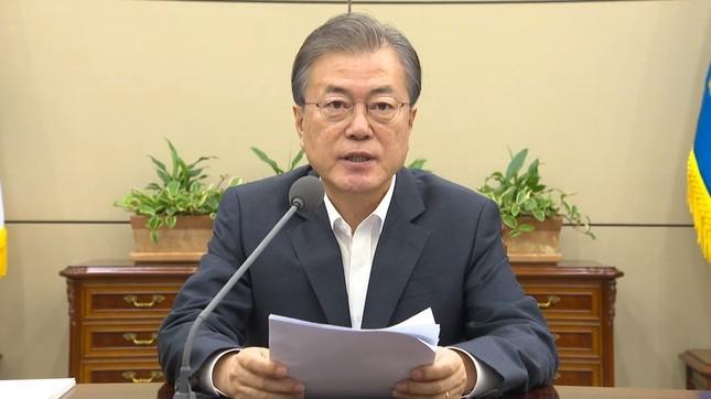 首席秘書官・補佐官会議で発言する韓国の文在寅(ムン・ジェイン)大統領(写真は青瓦台の動画から)
