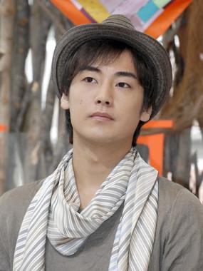 福士誠治さん(2010年撮影、写真:アフロ)