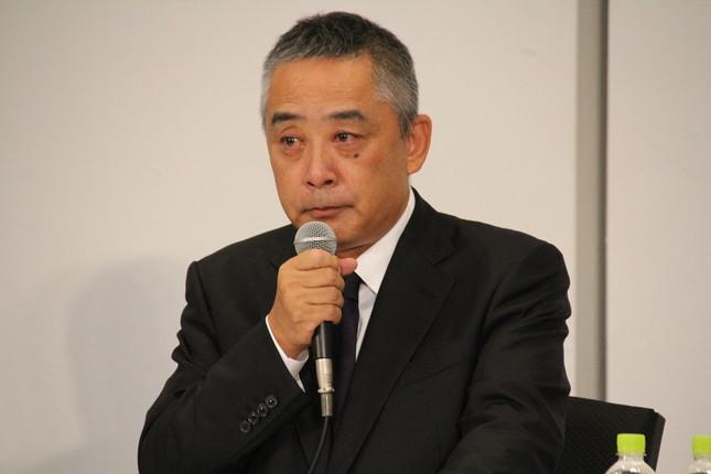 吉本興業・岡本昭彦社長の会見を受け、所属芸人たちがさまざまな反応を寄せている
