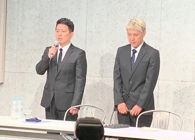 宮迫・田村両氏の会見はネット中継された(7月20日、J-CASTニュース編集部撮影)