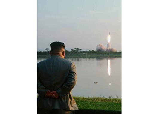 北朝鮮のミサイル発射は2か月半ぶりだ(写真は労働新聞ウェブサイトから)