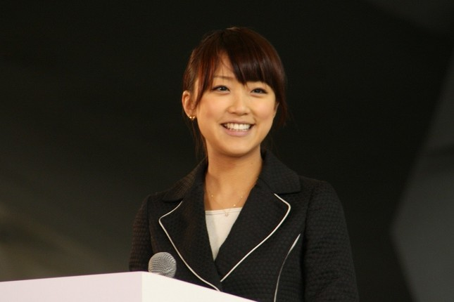 竹内由恵アナウンサー(2010年撮影)