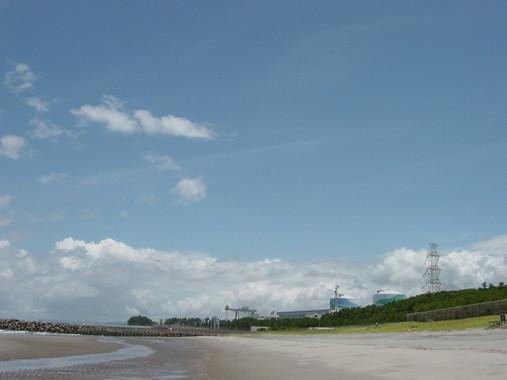 影響が予測される川内原発(KENさん撮影、Wikimedia Commonsより)