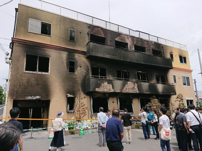 全焼した京都アニメーション第1スタジオ(L26さん撮影、Wikimedia Commonsより