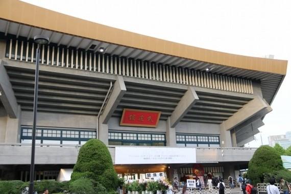 今やアイドルの聖地でもある日本武道館。「推し武道」のアイドルもここを目指す