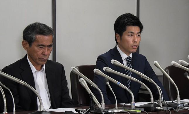会見を開いた松永さん(右)と上原さん(2019年9月20日編集部撮影)