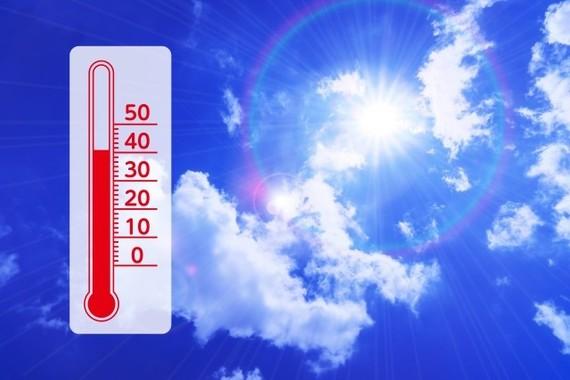 フェーン現象で北陸を中心に猛暑が